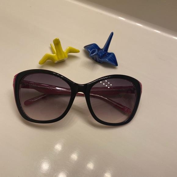 Juicy Couture. Sunglasses, Women-11
